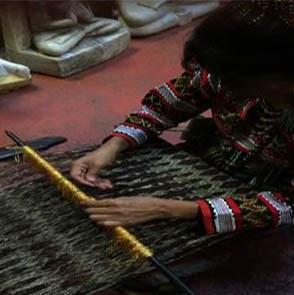 T'boli B.Fong weaving abaca fiber textile